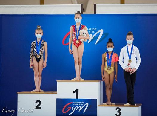 gymnastes sur podium cht france calais mai 2021